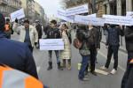Március 15. - Tiltakozók a Múzeumkert közelében