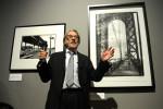 Vilmos Zsigmond höchstpersönlich führte zur Eröffnung durch die Ausstellung im Ludwig Museum. (Foto: MTI/Tamás Kovács)