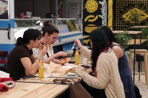 39-41_karavan_streetfood9-HN