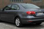 Ein VW Jette 1.6 TDI: Angeblich sollen auch aus ihm im Normalbetrieb mehr Schadstoffe rauskommen als die Herstellerangaben versprechen.