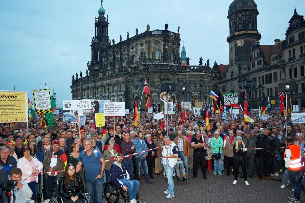"""""""Danke Ungarn!"""": Pegida & Co. können es, viele einfache Bürger auch, die CSU fast, aber die Bundesregierung noch nicht. Foto: Pegida/Gerald Hajek"""