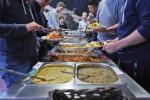 Dani hat Parallelen zwischen eritreischer und ungarischer Küche entdeckt. Der rote Eintopf aus Fleisch sei Gulasch ziemlich ähnlich, findet er. (BZT-Fotos: Nóra Halász)