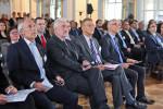 Frank Spengler, Dr. Heinz-Peter Behr, Prof. Dr. András Masát und Minister Zoltán Balog verfolgten das Gespräch von Prof. Dr. Andreas Oplatka und Gergely Pröhle.
