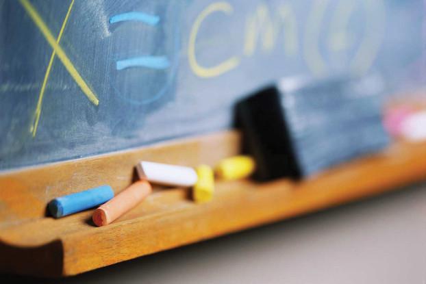 Früh überlastet: Schon Grundschüler haben manchmal mehr Wochenarbeitsstunden als ihre Eltern.