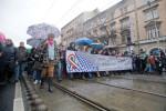 Gemeinsam für Bildung: Am Dienstag zogen geschätzt mehr als 30.000 Menschen durch die Budapester Innenstadt. (BZT-Fotos: Nóra Halász)