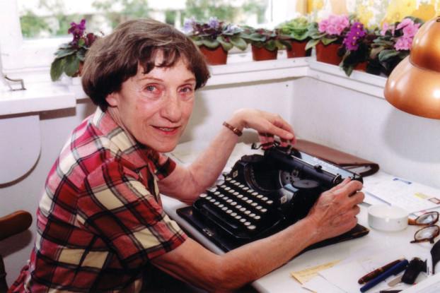 Bis zum Ende zog Éva Janikovszky ihre Schreibmaschine dem Computer vor.