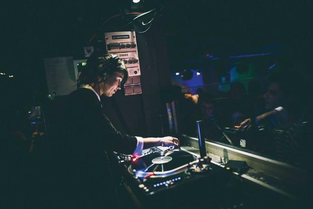 Claudio PRC bietet atmosphärische Klänge gepaart mit Goa.